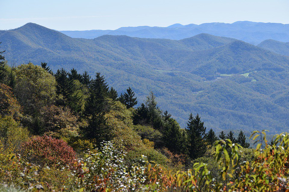 North Carolina Mountains Map (Nearby Things to Do)