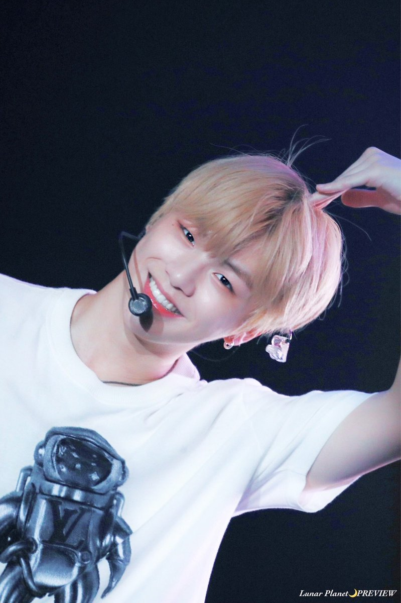 190921 COLOR ON ME IN KL  #KangDanielinMY #강다니엘 #KangDaniel <br>http://pic.twitter.com/IHV6VrRosn