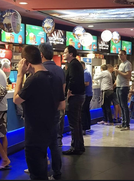 Last week, Israelis got a nice surprise at a local cinema in Jerusalem - Quentin Tarantino standing in line to buy popcorn! Tarantino came to watch his own movie - Once Upon a Time in Hollywood. We hope he enjoyed his movie. (;