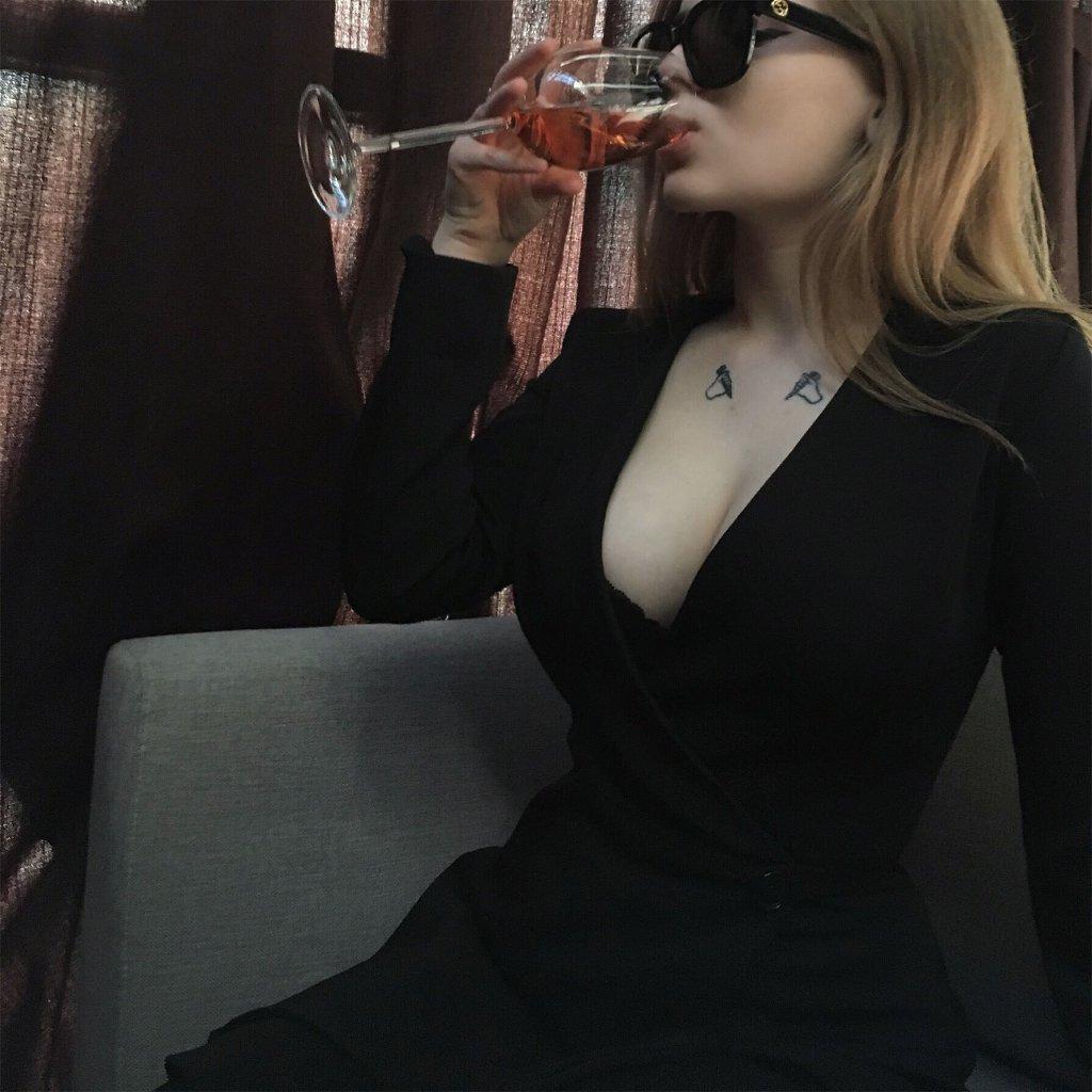 фотки с вином на аву том, как жизнь