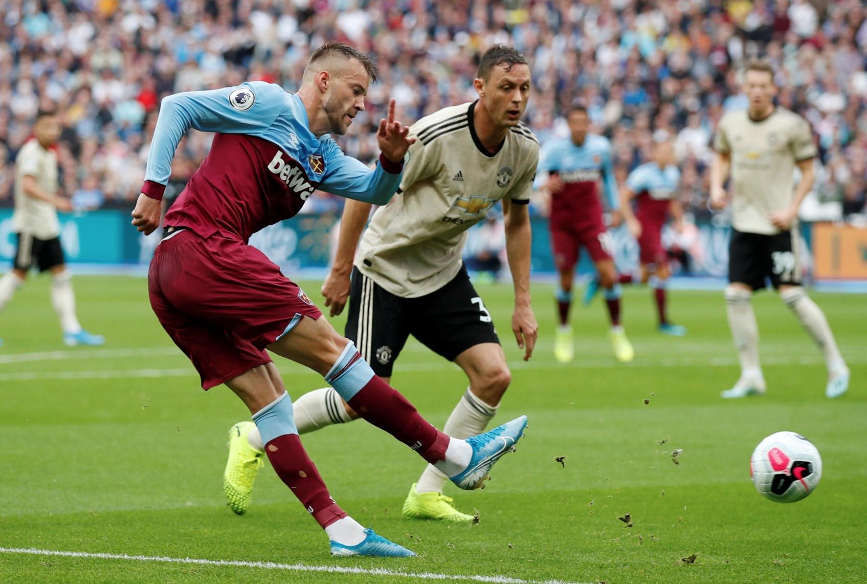 Ярмоленко открыл счет в матче с Манчестер Юнайтед - изображение 1