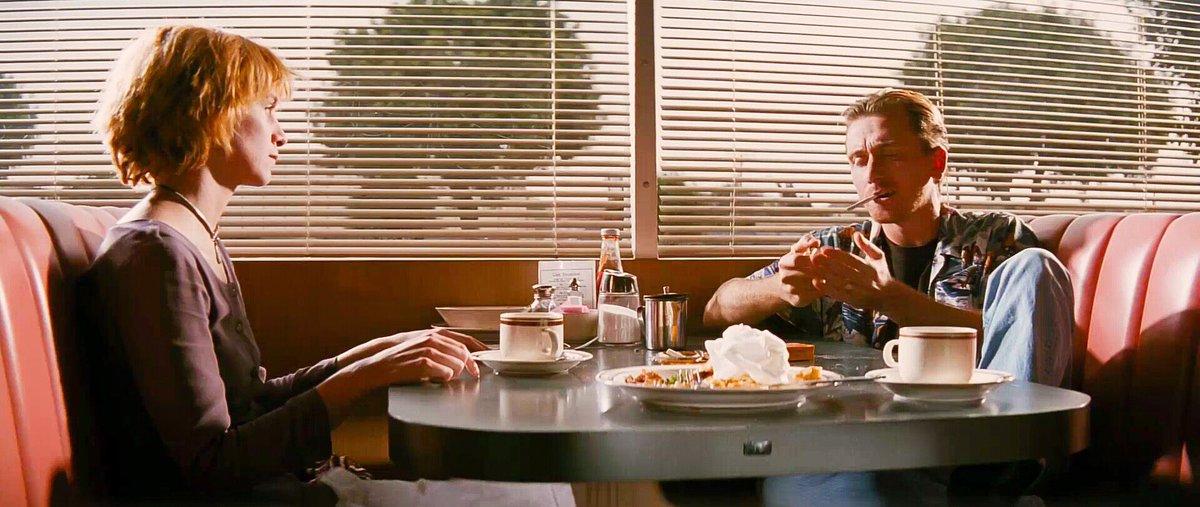 RT @Cinemartistry: Pulp Fiction (1994)  Director: Quentin Tarantino  Cinematographer: Andrzej Sekula https://t.co/VVYEHe7ehe