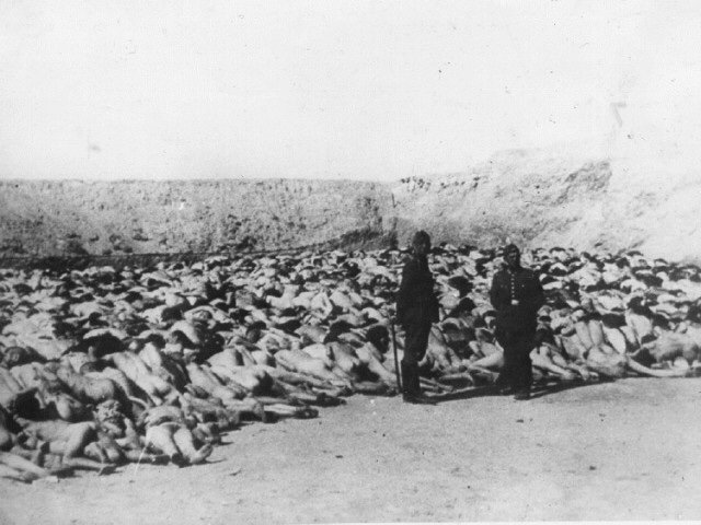 """The people in the first row thus having been killed… those of the second row were… handed shovels with which to heap chloride of lime upon the still partly moving bodies in the ditch. Thereafter they returned to the tables & undressed"". More: http://www.holocaustresearchproject.org/einsatz/bingel.html …"
