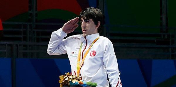 Tebrikler Şampiyon!👏🏼 İsveçte gerçekleştirilen Paralimpik Masa Tenisi Avrupa Şampiyonasında altın madalya kazanarak bayrağımızı göndere çektiren milli sporcumuz Abdullah Öztürk'ü kutluyorum.🇹🇷
