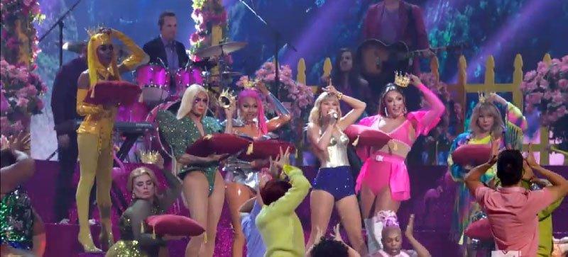 6. Its about pushing the Illuminati Agenda - The 2019 VMAs: It's Not About Music, It's About Pushing Narratives vigilantcitizen.com/musicbusiness/… #HollywoodSymbols #Illuminati #IlluminatiSymbols #TaylorSwift