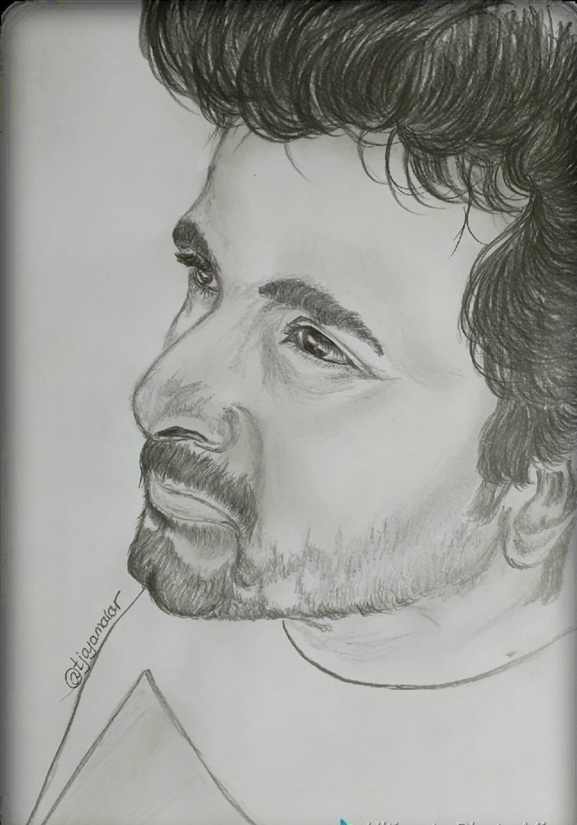 @Siva_Kartikeyan i always enjoy drawing every new look of urs. This paticular clean shaven look  - sure to send hearts spinning .  Hope u like the drawing thamby <br>http://pic.twitter.com/C1LyqfRZT0