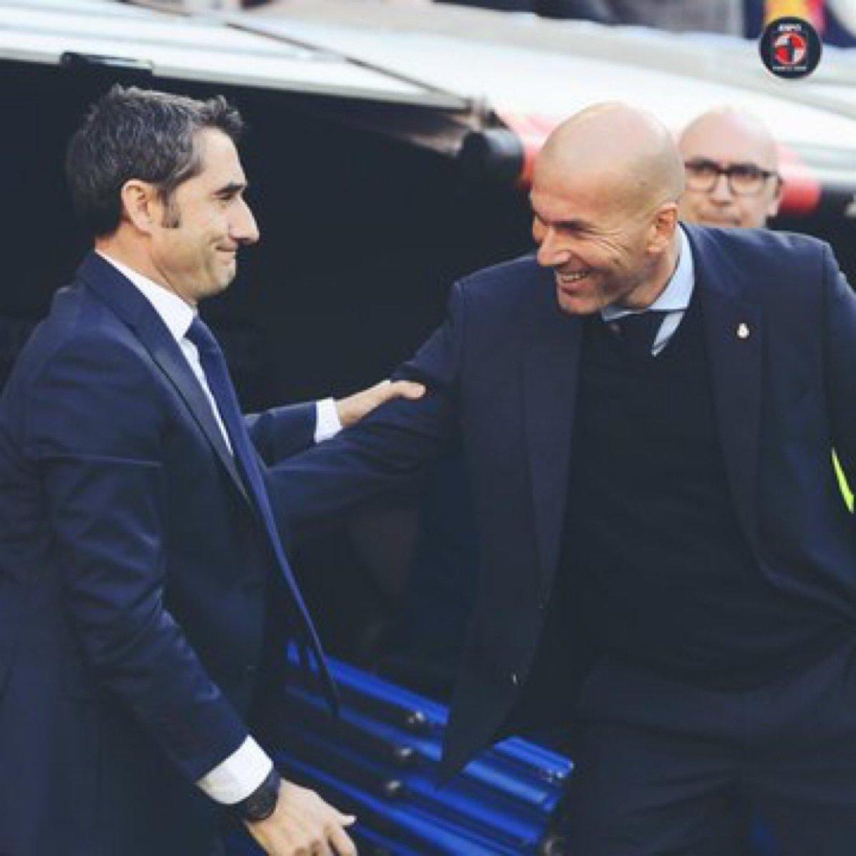 RT @Hilder_Castillo: ENCUESTA   Quien de los 2 no llega a Diciembre   🔁  Ernesto Valverde  ❤️ Zinedine Zidane https://t.co/oGM2KCdrTb