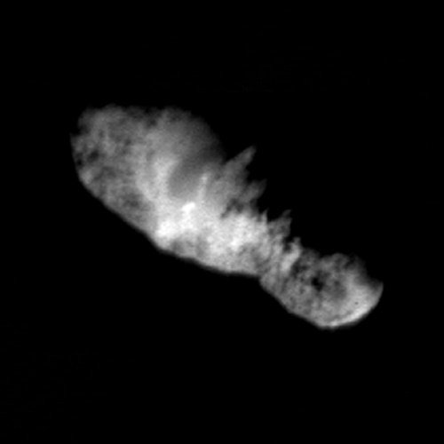 Celebrating #LSP20th, #OTD 2001, NASA's Deep Space 1 captured this image of Comet Borrelly. We launched Deep Space 1 in 1998. Learn more - jpl.nasa.gov/nmp/ds1/index.…