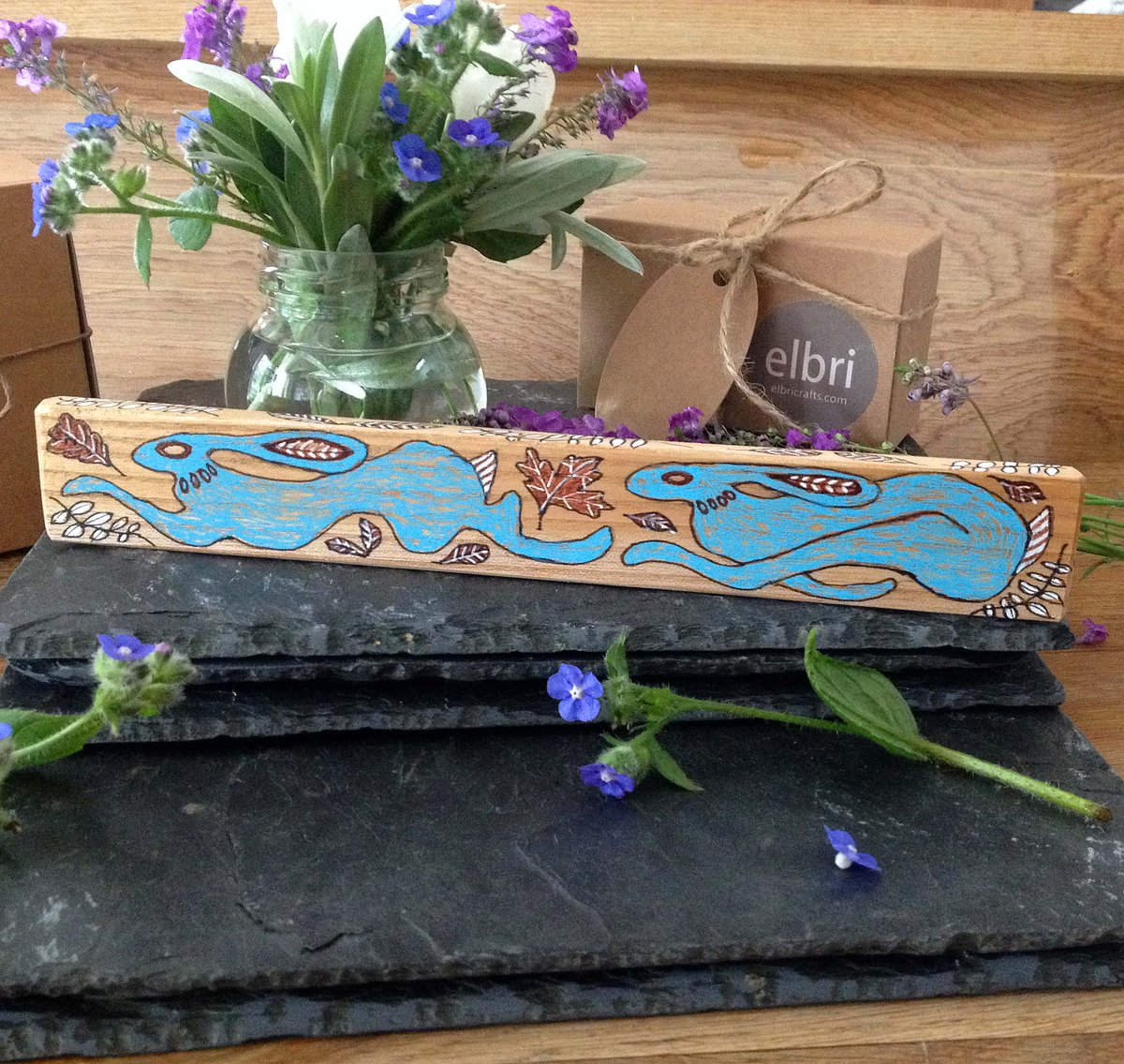 Evening #womaninbizhour We have these lovely hand painted Blue Hare sticks made from sustainable Scottish ash in store. Lovely for a gift or to brighten up your shelves! #hares #rabbits #ukcraft #shopindie  https://www. etsy.com/uk/listing/704 075220/wooden-blue-hare-stick-hand-painted?ref=shop_home_active_19&frs=1  … <br>http://pic.twitter.com/zbpz0p90FN
