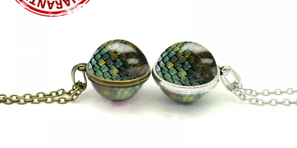 Dragon Egg Necklace Game of Thrones | bit.ly/2yVsIKf $10.00 and FREE SHIPPING #valarmorghulis #westeros #forthethrone #gameofthronesmemes #kitharington