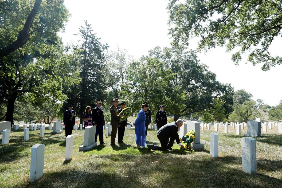 An honour to pay my respects to Australian Pilot Officer Francis D Milne at Arlington National Cemetery yesterday, as well as Australian Yvonne Kennedy, who died on American Airlines Flight 77 when it crashed into the Pentagon on 9/11.