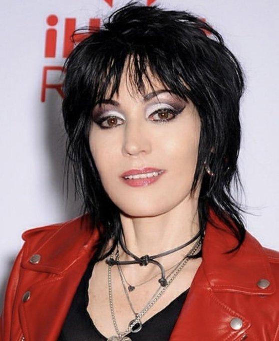 Feliz cumpleaños, señora del rock! Happy birthday Joan Jett, lady of rock & roll. I love you.