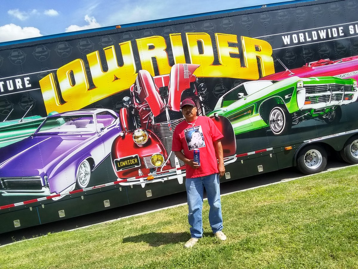 @LowriderMag Car show in El Paso Tejas having a great time !! #ElPasoStrong #Lowridermag #LowRider #elpaso #carshow