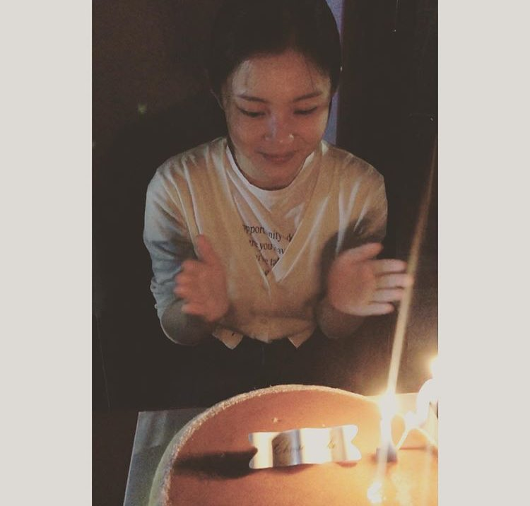 Lee Hi Nation On Twitter Lee Hi Today For Her 24th Birthday I Hope This Year Is Everything You Wish For Love You So Much Hello Lee Hi Leehi24birthday Https T Co Zfgygz1l50