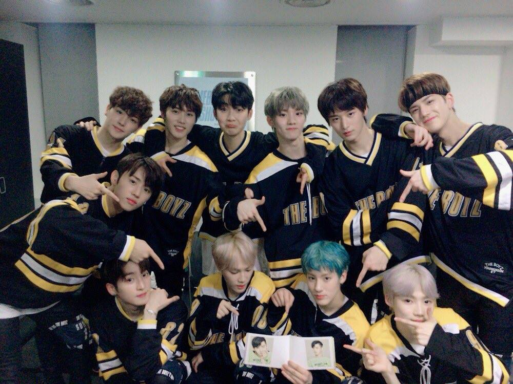 Due to popular request, I am holding another order for #TBZJerseyProject in which I am making replicas of the jerseys The Boyz are wearing in the Giddy Up MV.  ➸ $60 USD ➸ Deadline: 11/30 ➸ Minimum of 40 orders needed ➸  http:// forms.gle/5Jo5BbN1BKYYQW Qb8  …  ➸ Please retweet <br>http://pic.twitter.com/QwrZrsvgBc