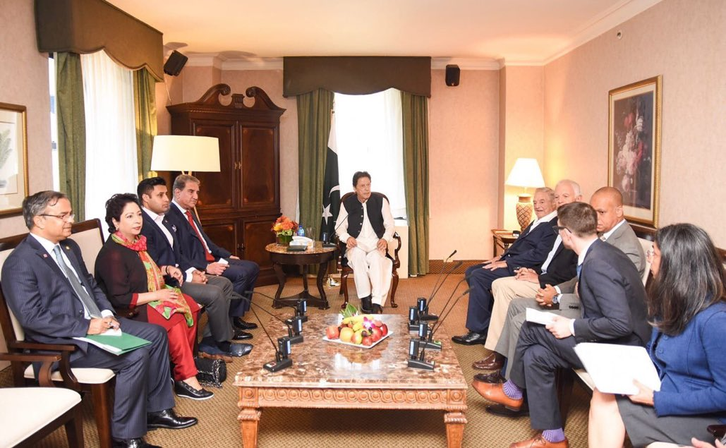 Looks like the drawing room of a 4 star hotel suite, with the typical fruit platter, the generic painting and the furnishings. Lol, @ImranKhanPTI<br>http://pic.twitter.com/CkVsf6mQo7