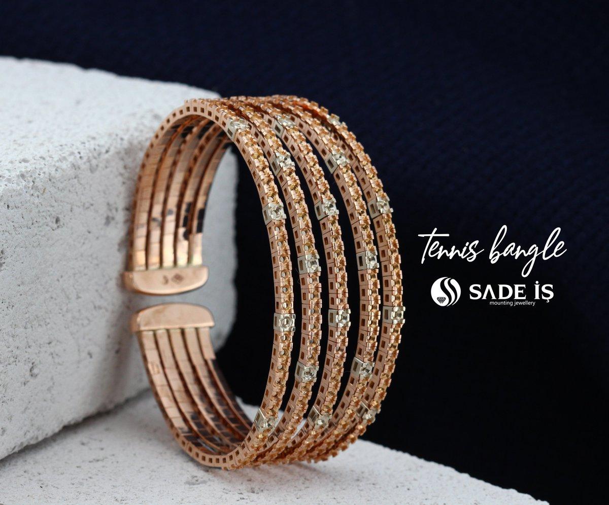 Tennis Bangle' . . . . . (YT225380BD) #bangle #bangles #newbangles #bileklik #tennisbracelet #tennisjewelry #antwerpjewelry #bakujewellery #cumartesi #banglebracelet #newjewelry #jewelleryshop #miamijewelry #newyorkjewelry #altınbileklik #montür #mountingjewellery #sadeispic.twitter.com/ThWYBhbdds
