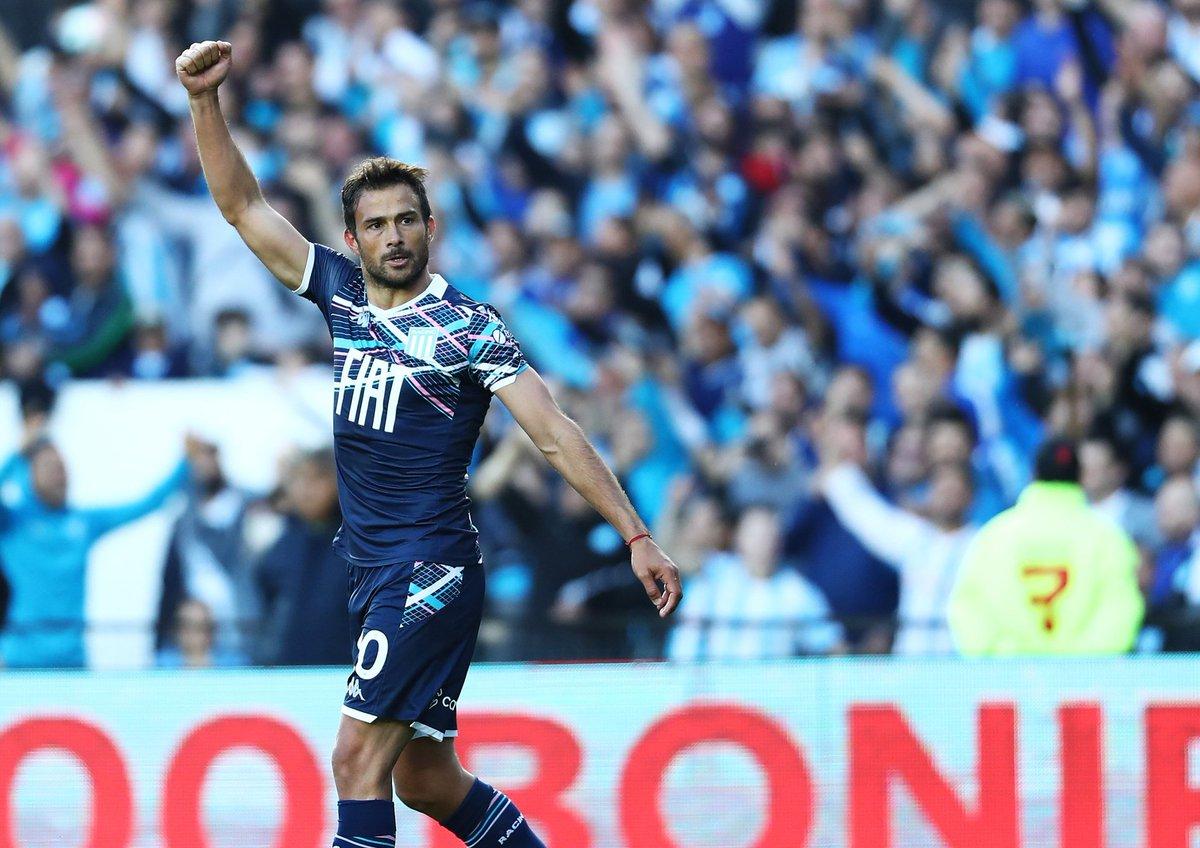 #Superliga | #Racing venció a #Arsenal 2 a 1 y alcanzó su tercera victoria en el certamen. Darío Cvitanich y Lisandro López convirtieron los goles de la Academia, que suma 12 puntos en el torneo y en la próxima fecha enfrentará a Rosario Central
