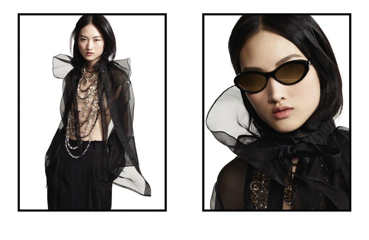 Campagne pour la collection #CHANEL prêt-à-porter automne-hiver 2019/20, disponible en boutique et sur https://t.co/Tl4kgzsjHX #KarlLagerfeld #VirginieViard #CHANELFallWinter #CHANELintheSnow | Visit https://t.co/D1Kctf3DPO L'héritage de Coco Chanel #espritdegabrielle https://t.co/c6U0DitYHU