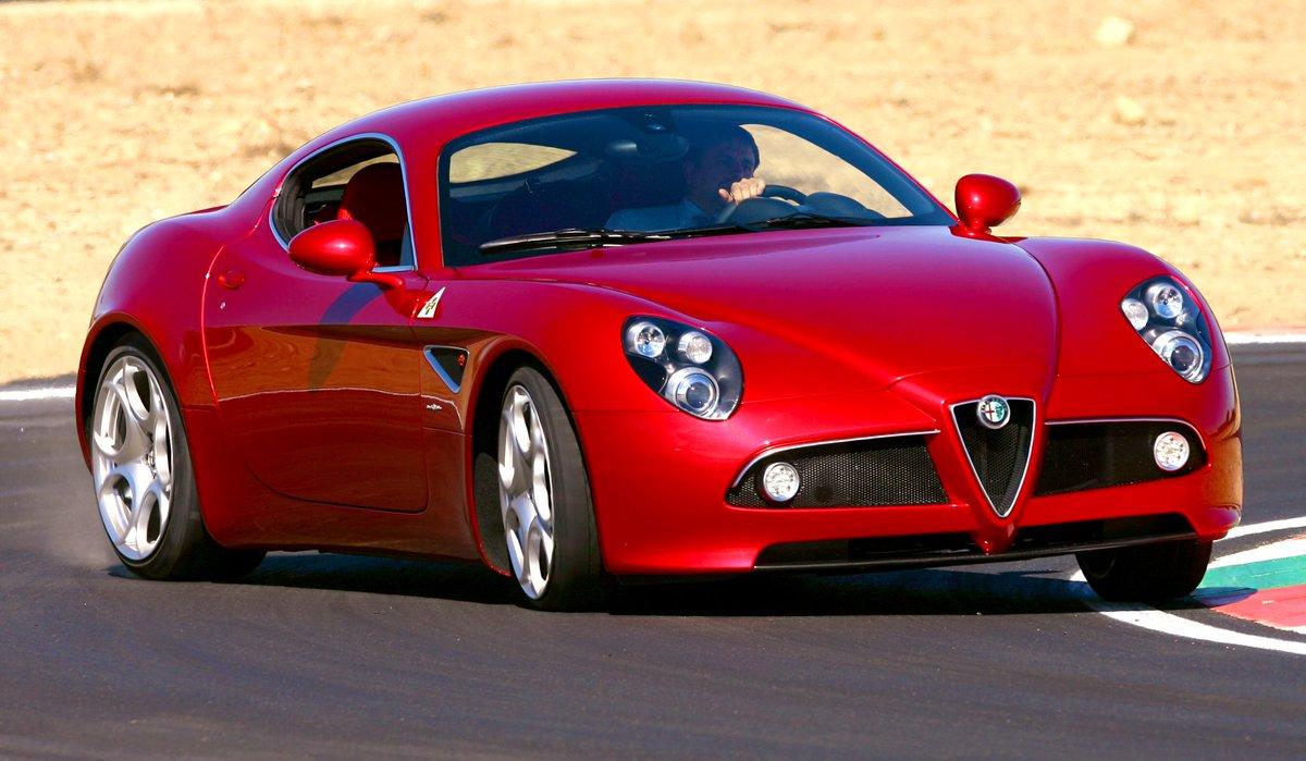 ➡️🇮🇹 #AlfaRomeo   Car of the day👇  🔸8C Competizione (2007–08)  🔺No comment 😎😍