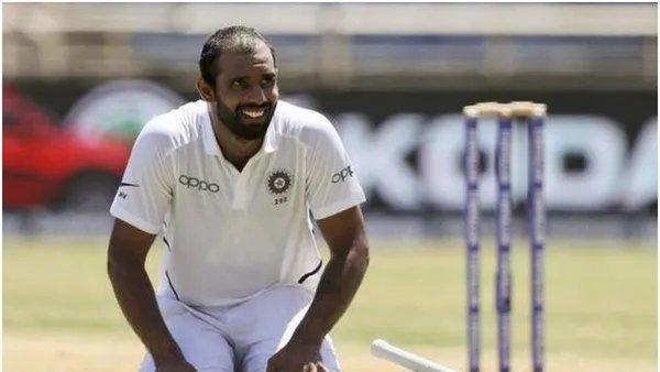 [EXCLUSIVE] Hanuma Vihari credits Rohit Sharma for maiden Test ton, opens up on openers' role & other aspects@Hanumavihari @DelhiCapitals #HanumaViharihttps://www.timesnownews.com/sports/cricket/india-vs-south-africa-series/article/exclusive-hanuma-vihari-credits-rohit-sharma-for-maiden-test-ton-opens-up-on-openers-role-other-aspects/493300…