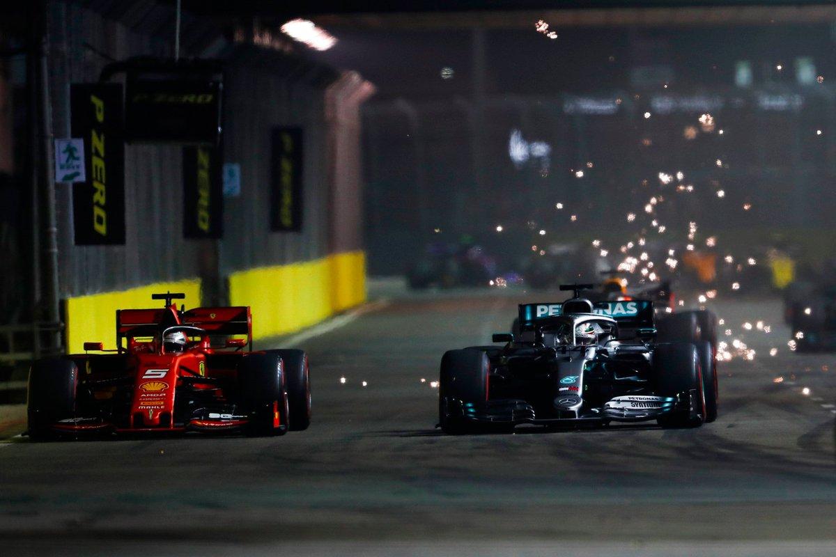 Wie konnte @s_vettelferrari beim #SingaporeGP gewinnen? Und wie konnte @MercedesAMGF1 den #F1-#GrandPrix #SingapurGP verlieren? Im neuen #Podcast mit @ingastrackef1 analysieren wir die Überraschung: https://www.pitwalk.de/pitcast/racing-round-up/nocture-analyse…  #Formel1 #Vettel #Ferrari #Mercedes #TeamLH #Leclerc
