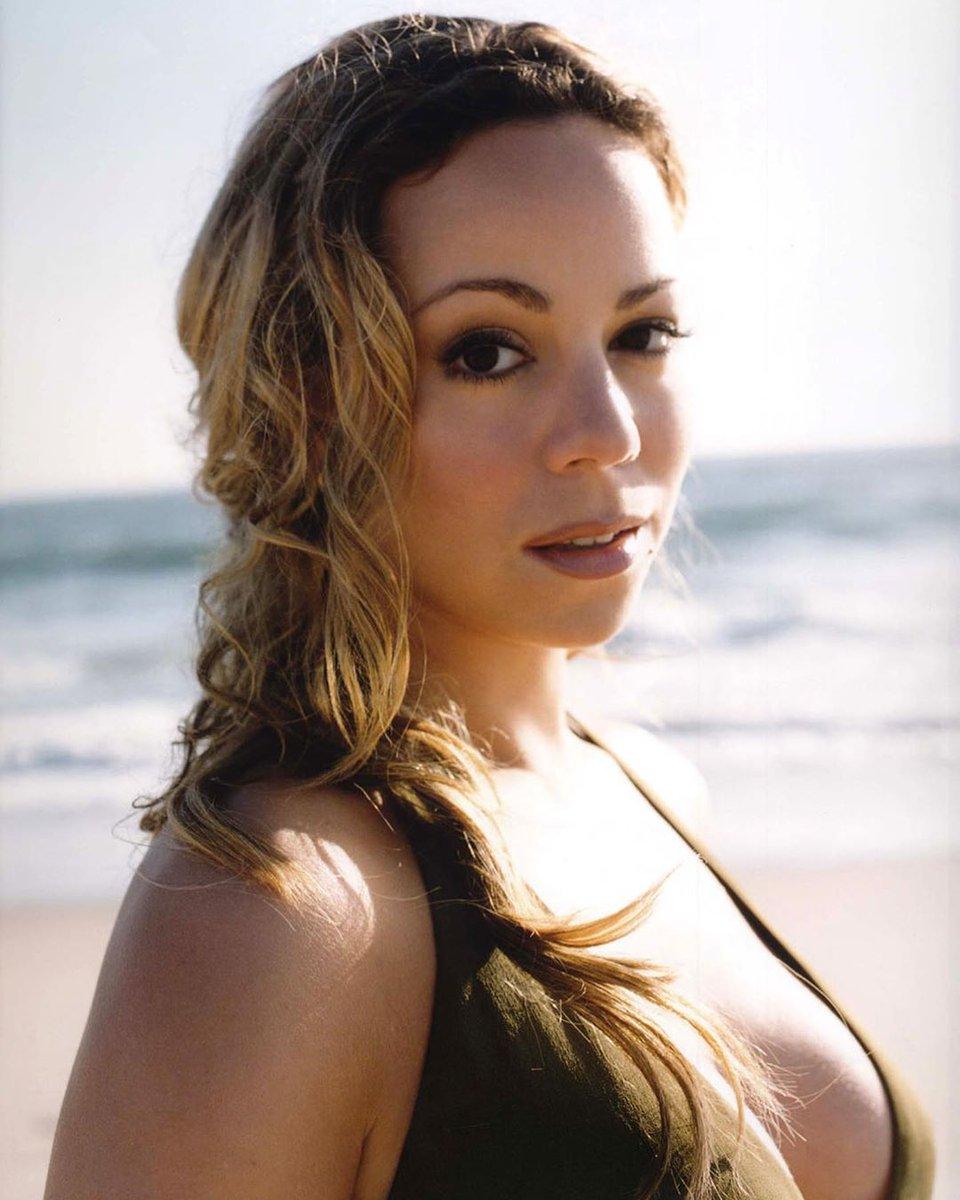 Mariah Carey #tbt #summer pon de beach☀️ 📸 Patrik Andersson