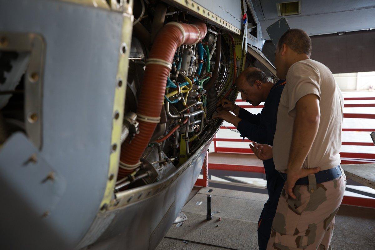 العراق يقوم بتأهيل طائرات C-130 بأمكانيات محليه  EFJNwOJW4AEGv0s