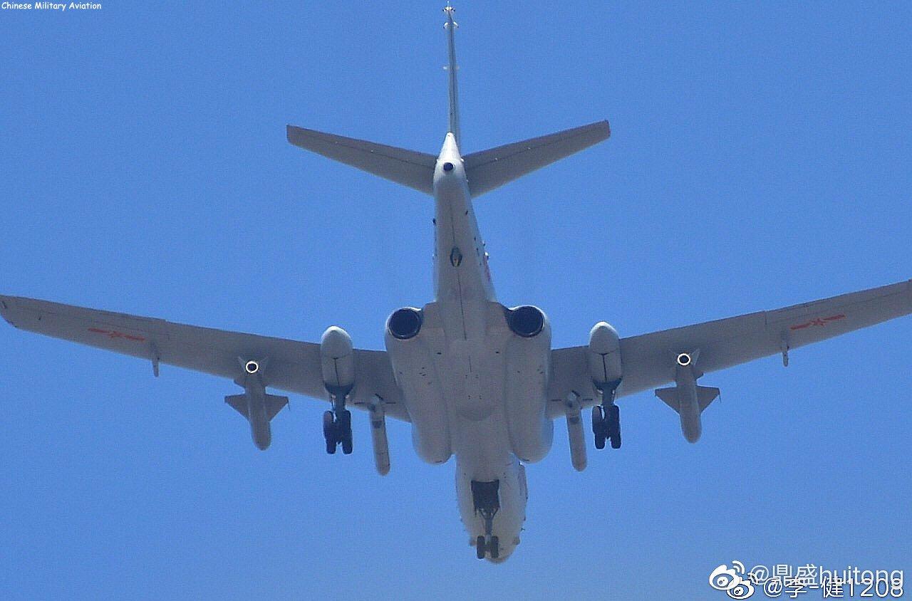 PLA Air Force General News Thread: - Page 7 EFJYOFIXUAEL4Sa?format=jpg&name=large