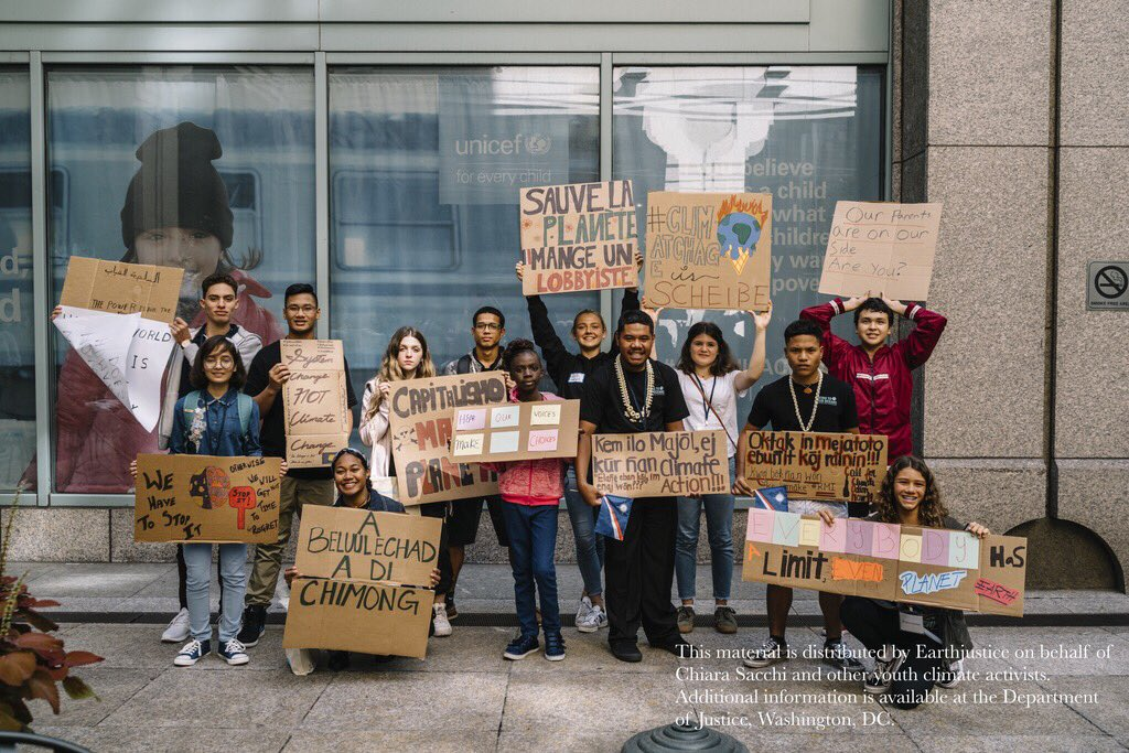 BREAKING: 16 young people from around the world just filed a human rights complaint to the UN on the #climatecrisis. We are proud to represent them. #ChildrenVsClimateCrisis ejus.tc/2kq5NmG