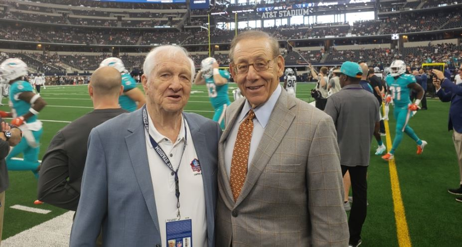 Had a great talk with #Dolphins owner Stephen Ross yesterday before kickoff of #MIAvsDAL. Say what you want, but the man has a very distinct and detailed plan for his team. Hang in there, Dolphins fans. #TrustTheProcess<br>http://pic.twitter.com/JY0QhmPHah