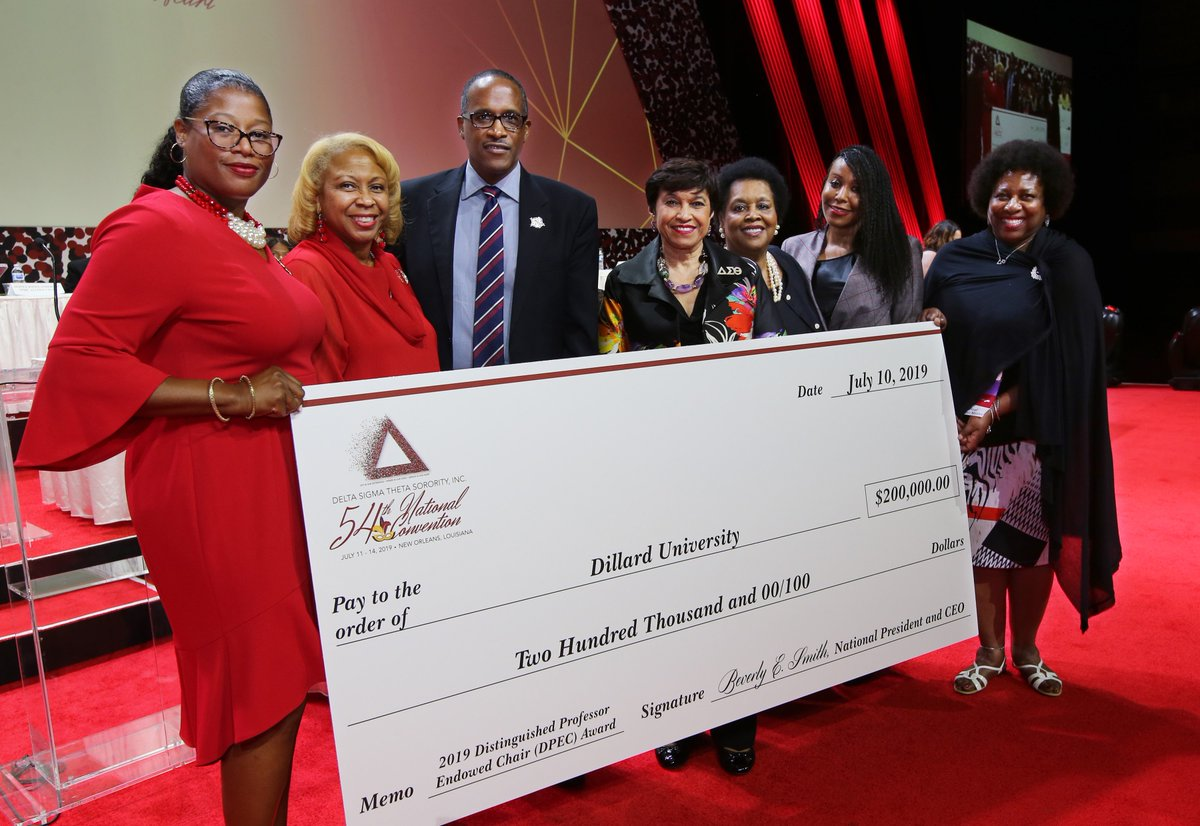Delta Sigma Theta Sorority, Inc. proudly announces @du1869 as the 2019-2021 recipient of the Distinguished Professor Endowed Chair (DPEC). To learn more about our work to secure the future of #HBCUs, visit:  http:// bit.ly/2kXHtJg    .  #DST1913 #ServiceInOurHeart <br>http://pic.twitter.com/OjnyQgEE4s