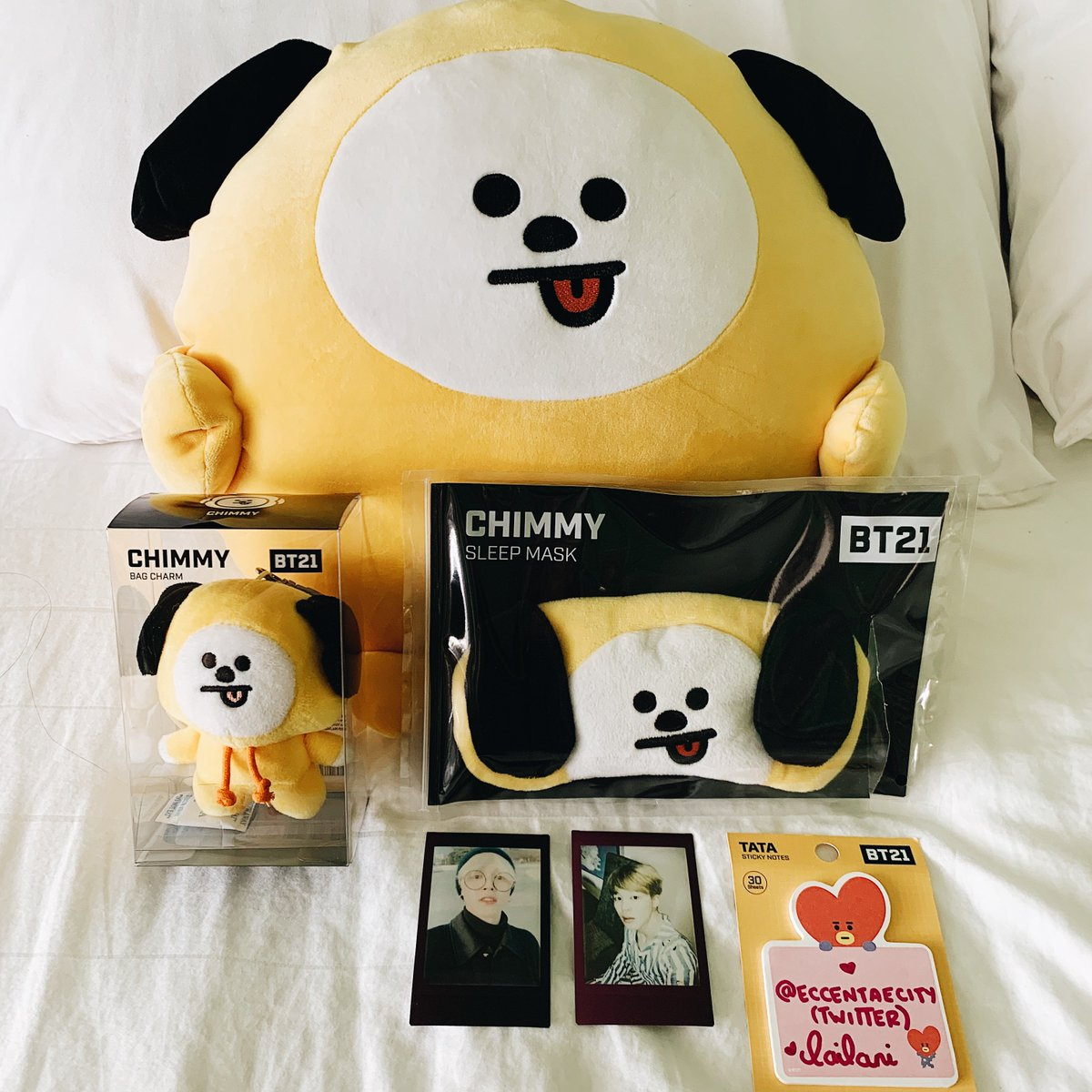 JIMIN BIRTHDAY GIVEAWAY   Official BT21: CHIMMY pong pong pillow, bag charm, sleepmask, & 2 polaroids.   MBF @eccentaecity   RT  Tag a moot  WW  Post following bobawithluv Instagram account screenshot & a photo of your bias.  Ends 10/8/19. Good luck  #BTSGA <br>http://pic.twitter.com/gHveVMwEPm