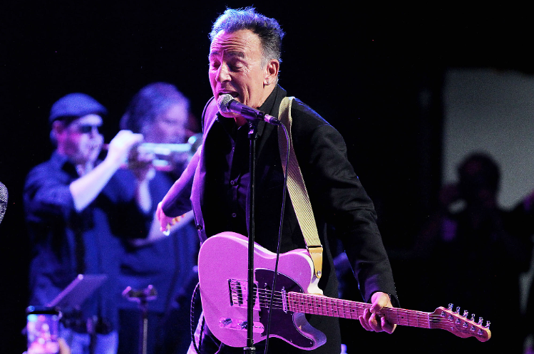Happy Birthday, Bruce Springsteen: 70 years of proving it all night rol.st/2m1qUMP