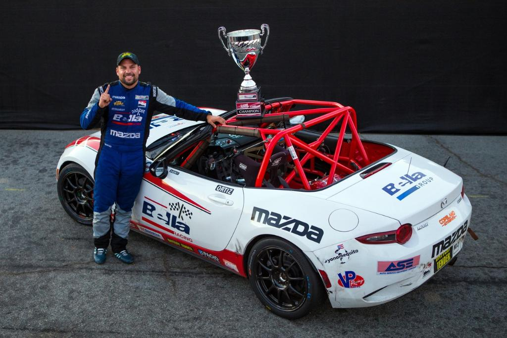 Six drivers had a shot at the @GlobalMX5Cup championship. @BryanORacing prevailed. @SelinRollan won race 2, finishing ahead of @RStoutRacing as runner-up for the year. @JohnCDeanII finished with a near-perfect record in ND1. Congrats on a great 2019 season! 📸: @GlobalMX5Cup