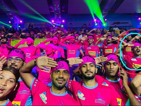 @ProKabaddi Also i was there  #pantherpack  #nitinrawal  #lepanaga
