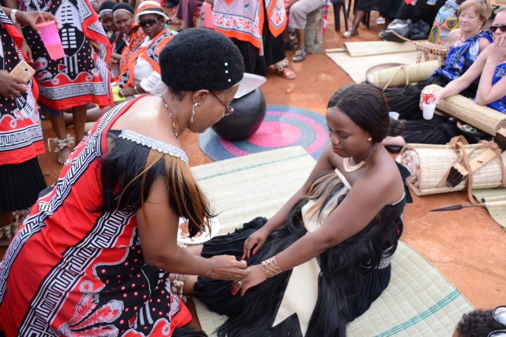 Thread By Zilevandamme I Am A Grandchild Of Ethan Mayisela Of Alexandra A Grandchild Of Phumzile Khumalo Of Dannahauser A Granddaughter Of Vuyiswa Msomi Of Umlaz Heritageday