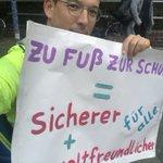 Image for the Tweet beginning: Aktionswochen: Zu Fuß zur Schule.