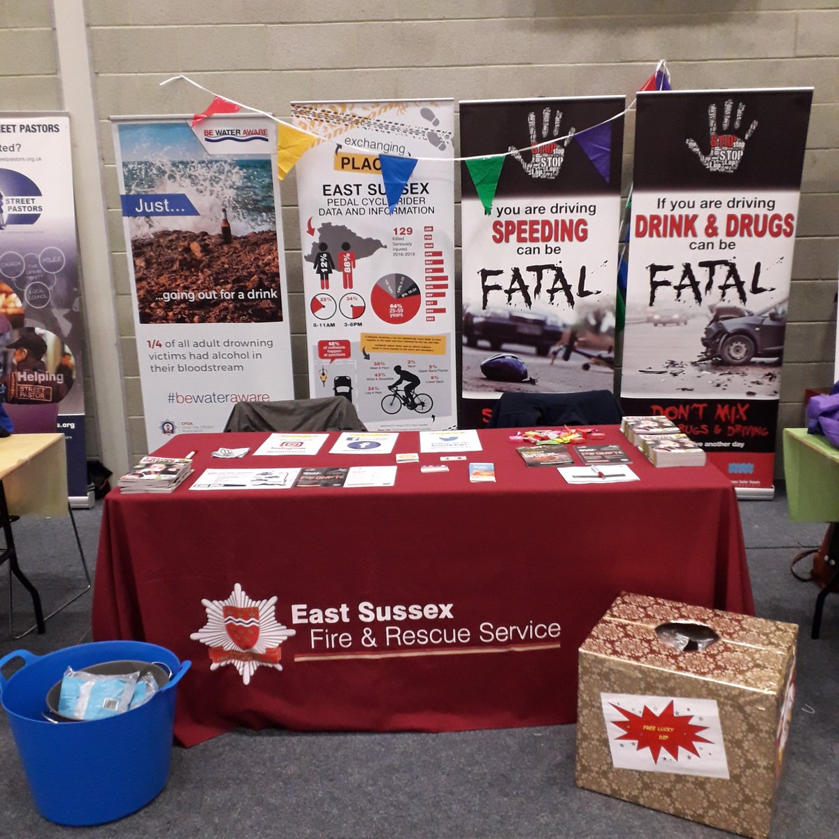 We are @uniofbrighton #Eastbourne Freshers Fair today! Come on over and say hi 👋 and take part in our ice bucket challenge to win a prize... 🏆🎁🎉   #dontdrinkanddrown #coldwatershock #float #roadsafety #cyclesafety #FreshersWeek #freshersweek2019