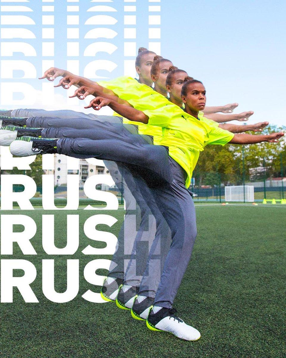 Rushhhhhhin' 💨💨💨 @pumafootball https://t.co/yJRNDEbNbP