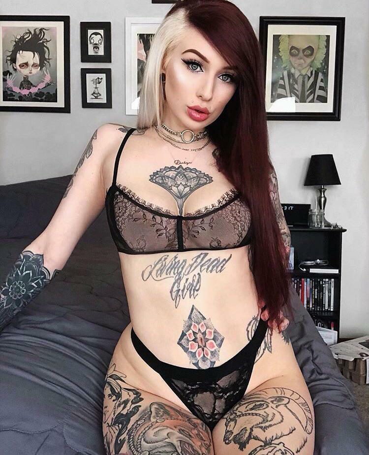 Amateur Inked Girls Bigt Vipergirls To 1