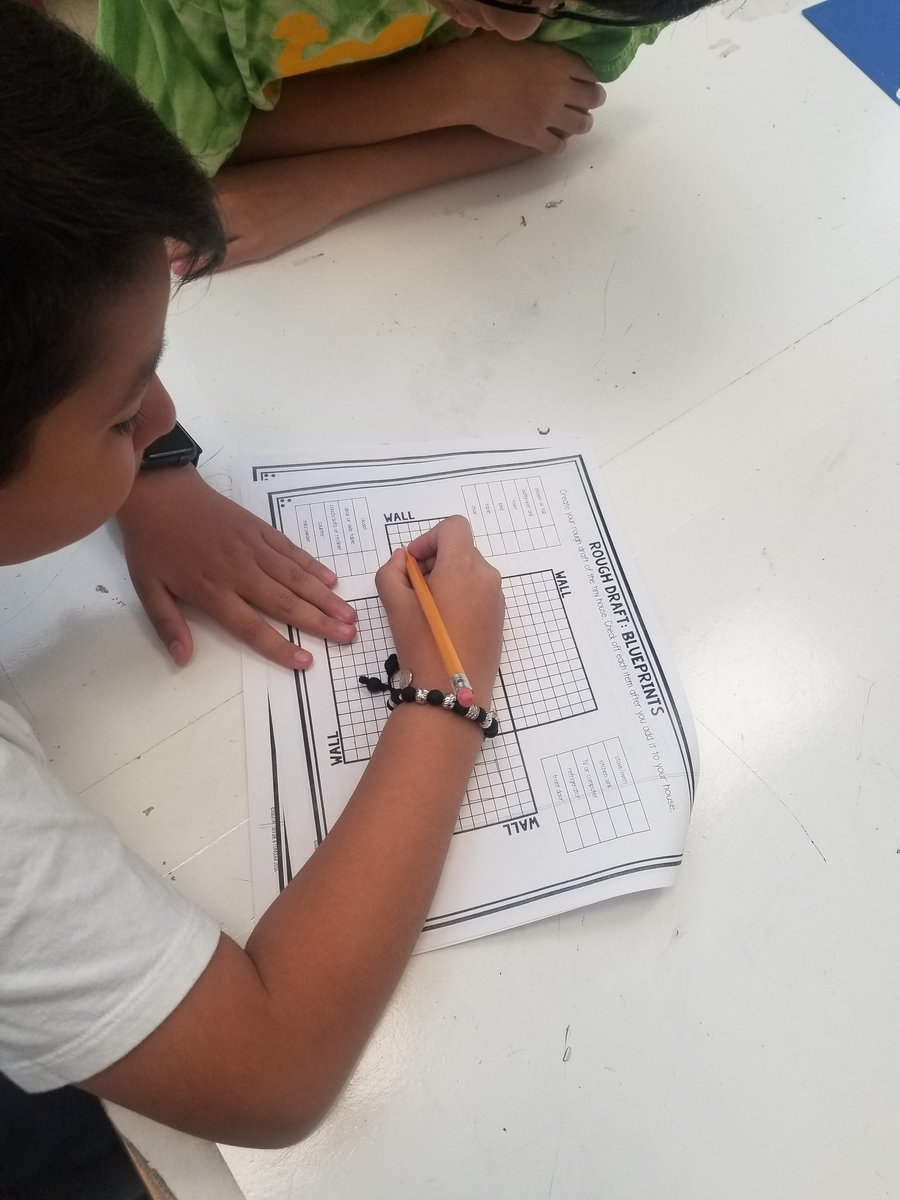 4th grade Ss work on blueprints for their Tiny House PBL project. They are working on their area, perimeter, and geometry skills. <a target='_blank' href='http://search.twitter.com/search?q=HFBTweets'><a target='_blank' href='https://twitter.com/hashtag/HFBTweets?src=hash'>#HFBTweets</a></a> <a target='_blank' href='http://twitter.com/HFB4thGrade'>@HFB4thGrade</a> <a target='_blank' href='http://twitter.com/HFBAllStars'>@HFBAllStars</a> <a target='_blank' href='https://t.co/ly01pIlELd'>https://t.co/ly01pIlELd</a>