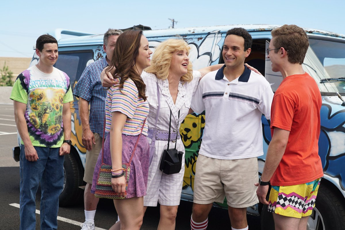 Tomorrow we hit the road. Going on vacation! @TheGoldbergsABC  8|7c on ABC @disneyland #roadtrip #vacation