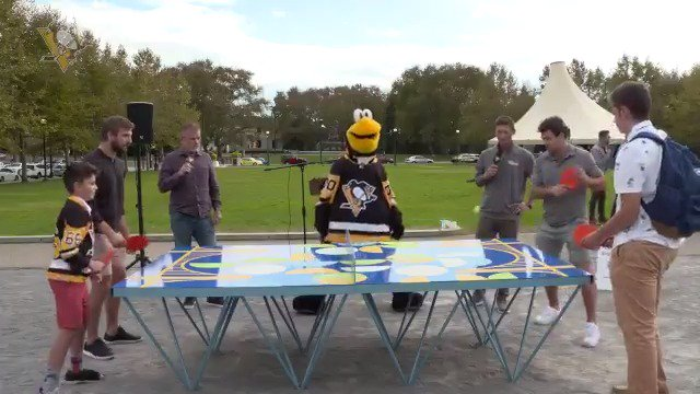 You can prepare for the plastic ball, but you cant prepare for Mother Nature. Earlier today, Dominik Simon, Zach Aston-Reese, Iceburgh, and the best radio squad in the game, joined @kaboom and @pittsburghparks for some Ping Pong in the Plaza (and some trash talk 😉).