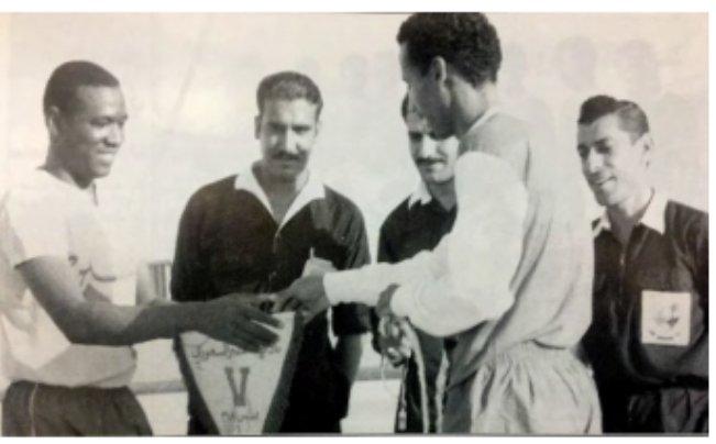 Dr Abdulla Almadani On Twitter كان فريق النصر السعودي اول فريق من الرياض يزور البحرين عام 1969 للقاء بطل الدوري البحريني نادي النهضة حاليا البحرين وديا وكان مقررا أن يقابل فريقا بحرينيا آخر إلا