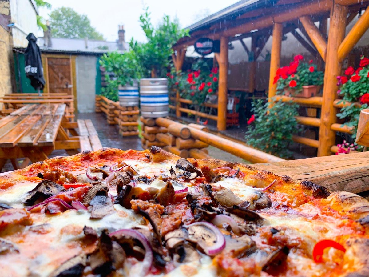 Piazza Della Cucina On Twitter And What If Is Raining Pizza Or Pasta Dishes Are Perfect For This Weather Take Away Or Eat In Piazzadellacucina Is The Right Choice Se23 Se26 Autumn