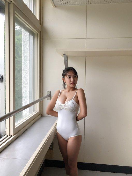 グラビアアイドル寺本莉緒のTwitter自撮りエロ画像30