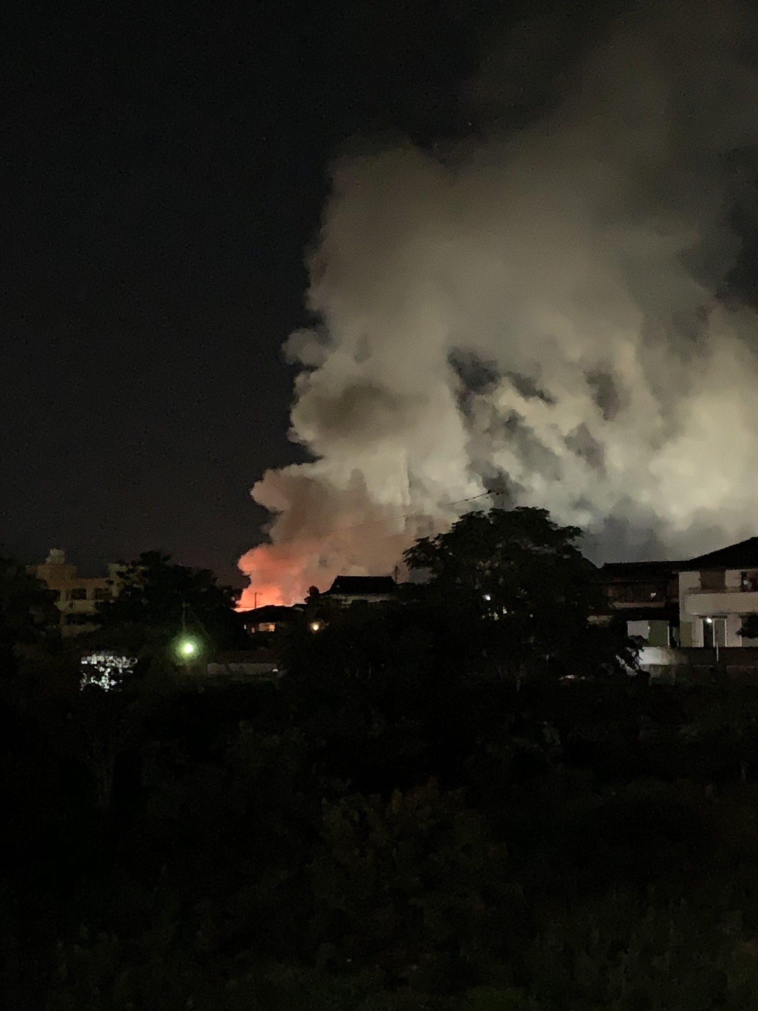 入間市野田で火事が起きている現場の画像