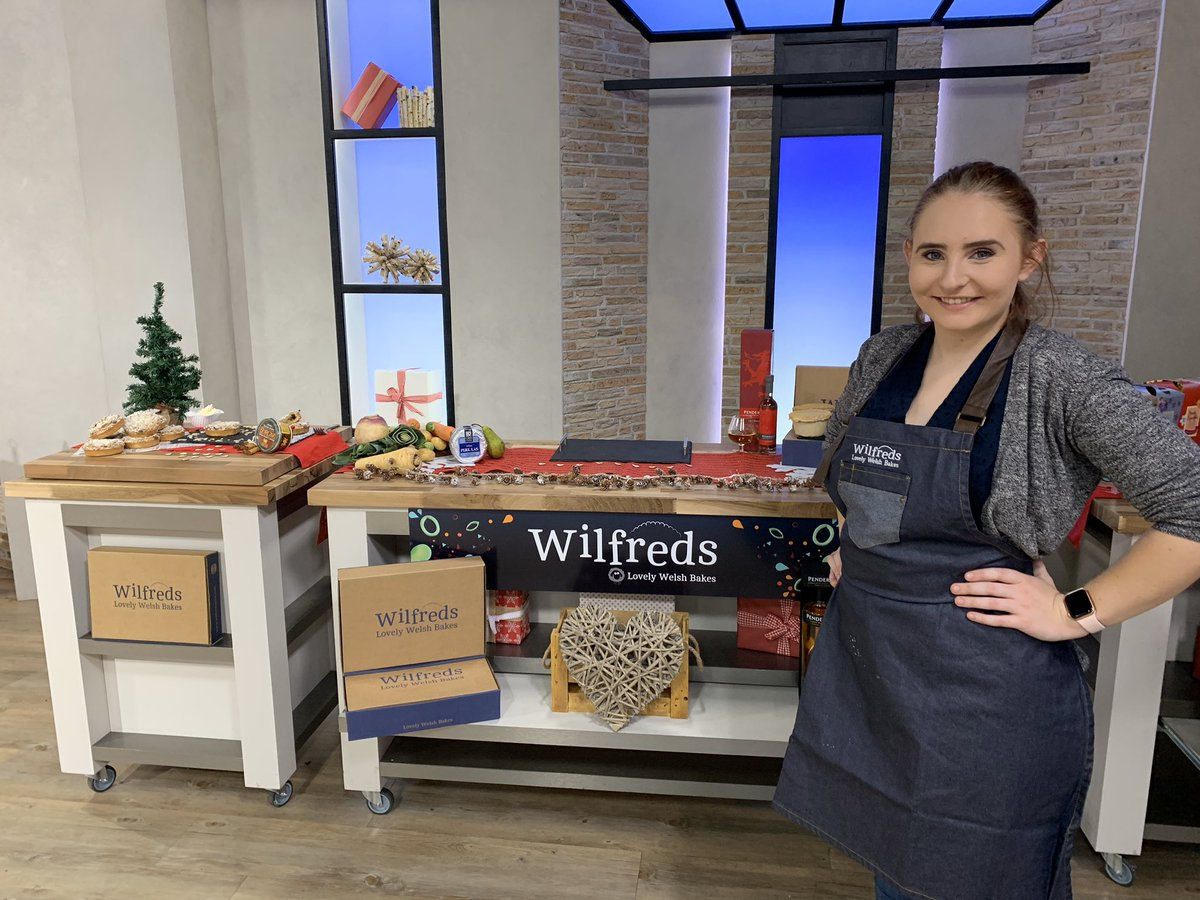 test Twitter Media - Our luxury mince pies have gone crazy on @qvcuk - filled with @Shirgar_ brandy butter they are our favourite product. When thy are gone they are gone! https://t.co/uhAgxV7SRJ