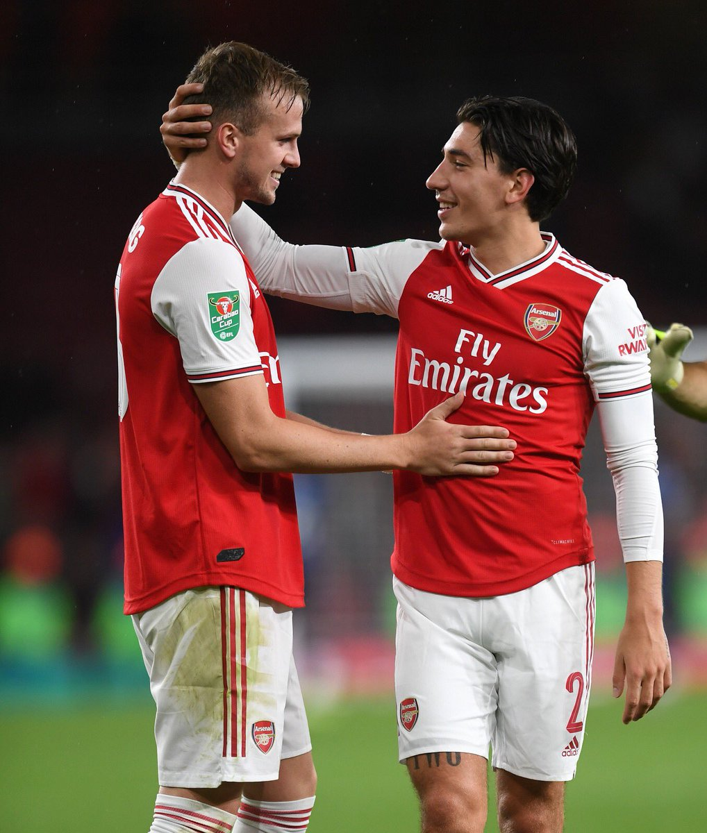 From the bike, to the gym, to the first runs and now back on the pitch together 🙌🏼 @RobHolding95
